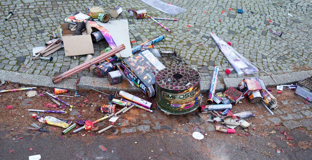 Foto: Müll nach Silvesterfeuerwerk