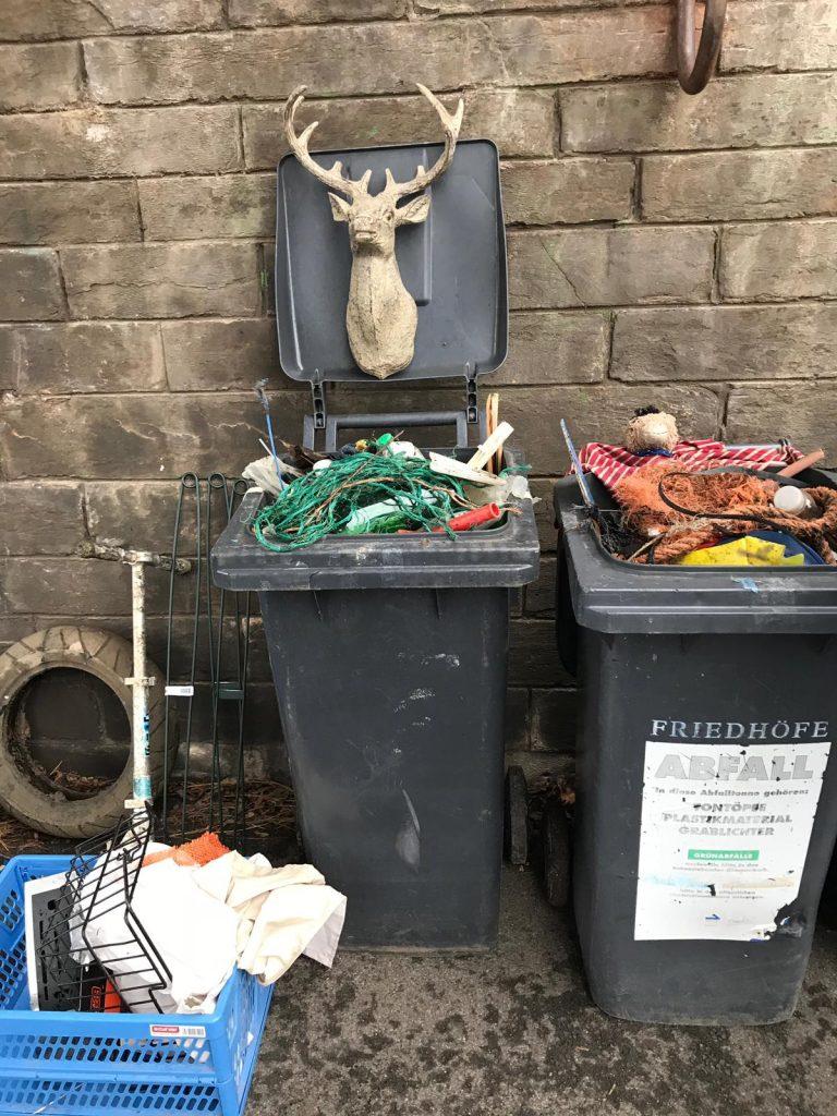 Foto: viel unterschiedlichen Müll beim CleanUp in Koblenz gefunden