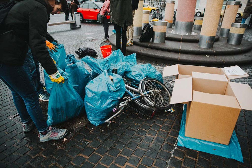 Foto: Müll auf dem Dreck-weg-Tag in Koblenz