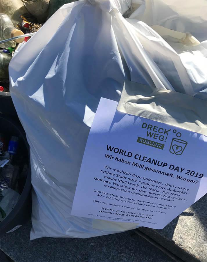 Bild: Gesammelter Müll nach Cleanup