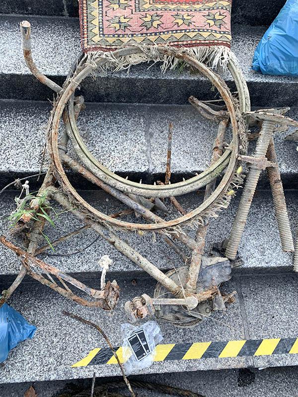 Abbildung: Altes, verrostetes Fahrrad aus der Mosel